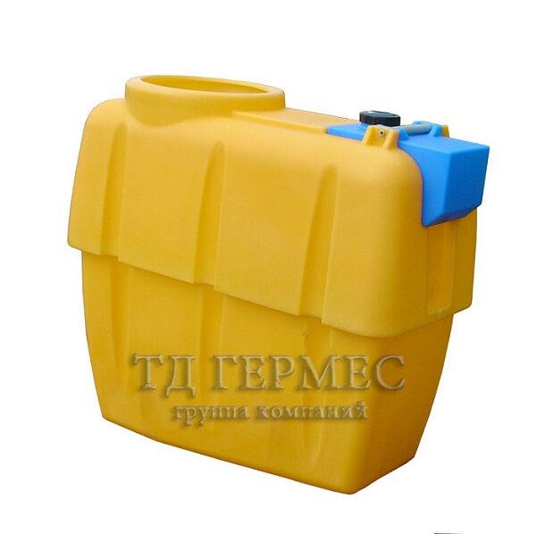 Пластиковая емкость 600 л навесного опрыскивателя с баком для воды (ОНР610КЗ) 1