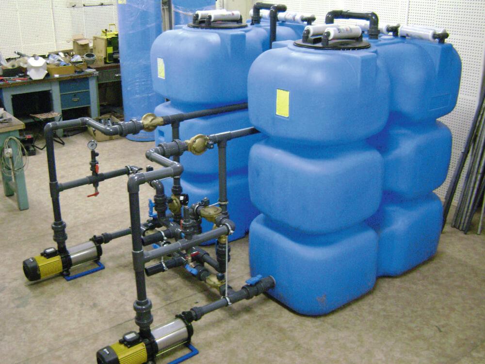 Пластиковые баки на 1500 л (Т 1500 ВФК2) , для подпитки бассейна