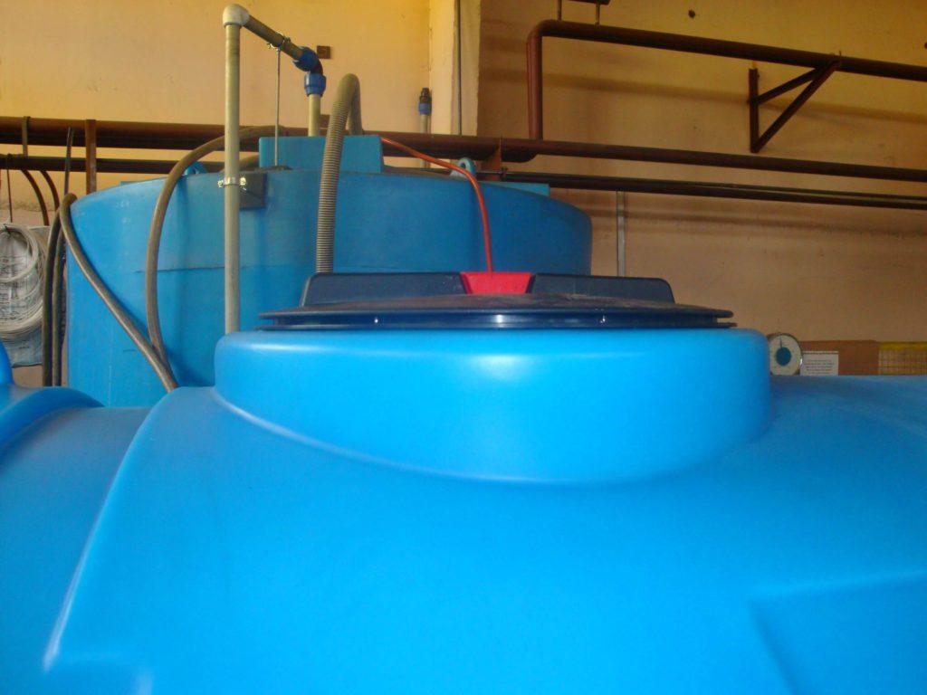 Пластиковые емкости на 8 000 л (8000 ВФК 2 ) и на 2000 л (МН 2000 ВФК 2 ) , для пищевого производства