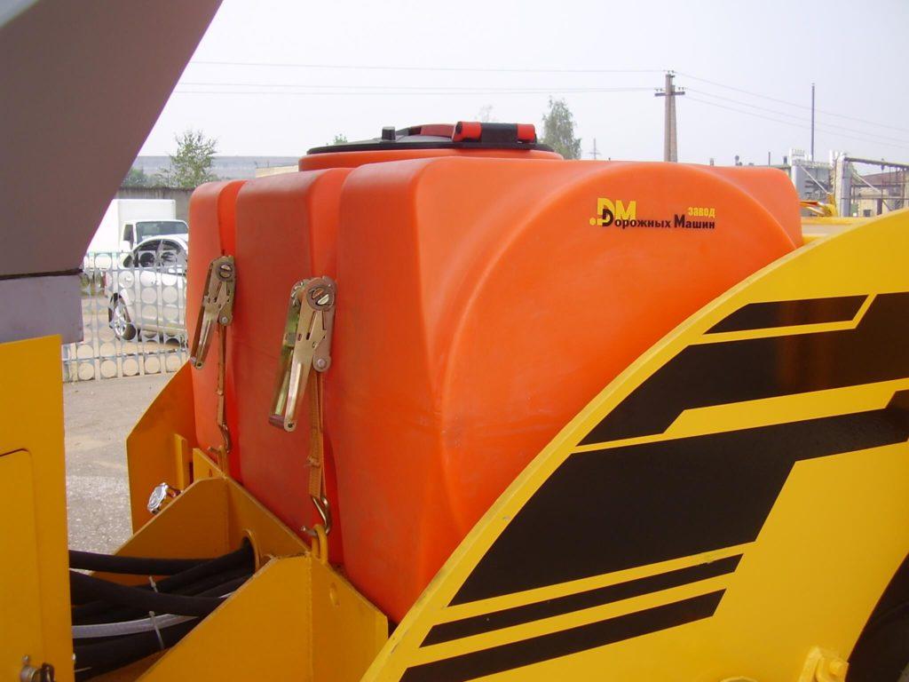 Прямоугольный горизонтальный бак на 500 л ( Т500 ГФК2) , для запаса технической воды на катке