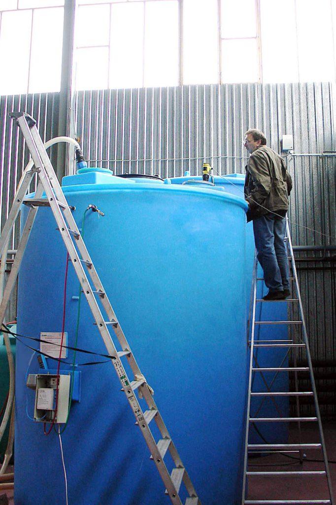 Вертикальная пластиковая емкость на 12 000 литров ( SB 17—2ВФК2) , в качестве химхранилища