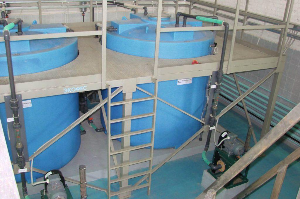 Вертикально цилиндрические емкости на 8 000 литров ( 8000 ВФК 2 ) , для демилиризованной воды