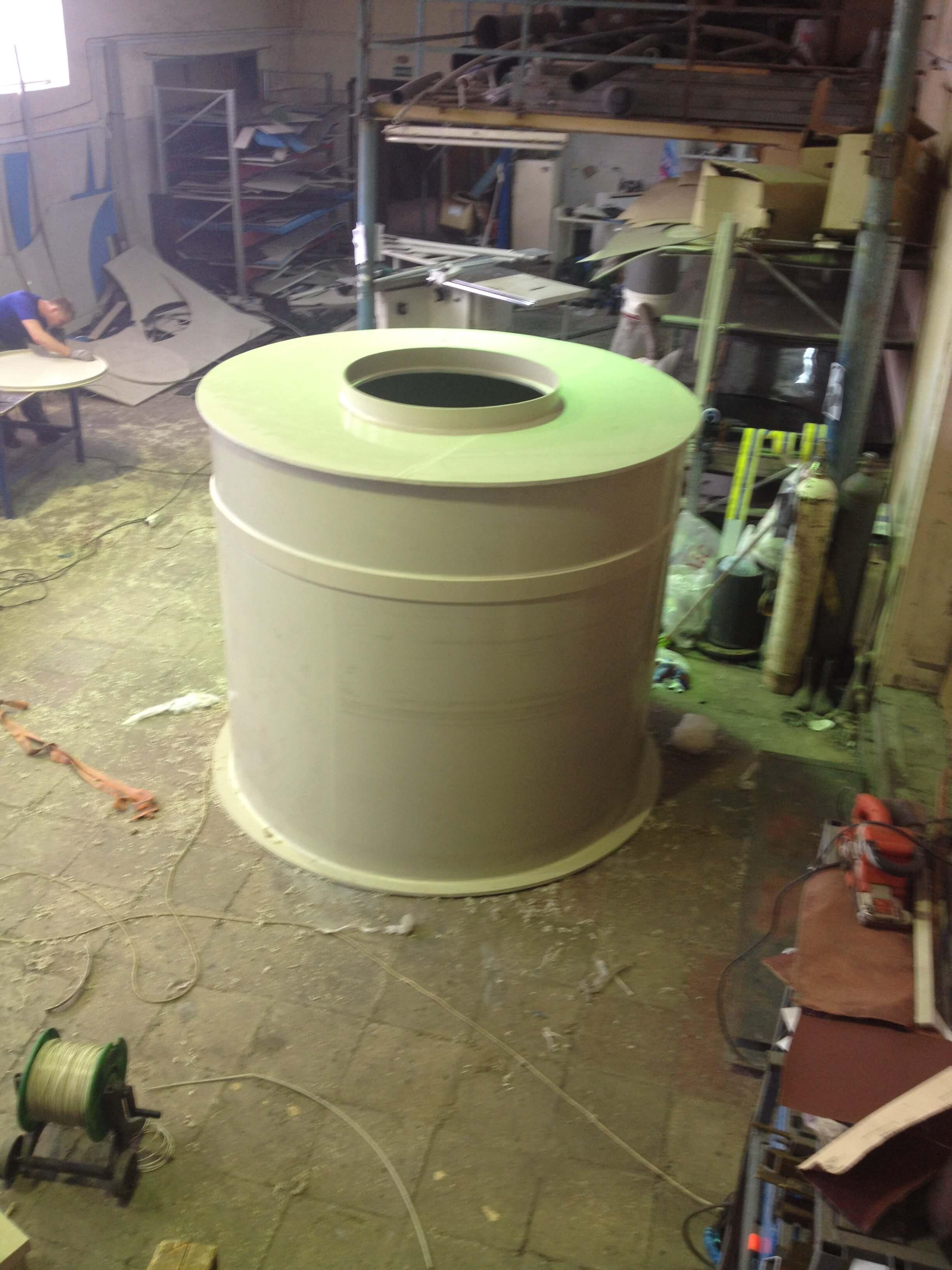 Фото №1. Емкость для питьевой воды на 3,2 м3 Ø1,5 Н 1,8. (Вид 1)