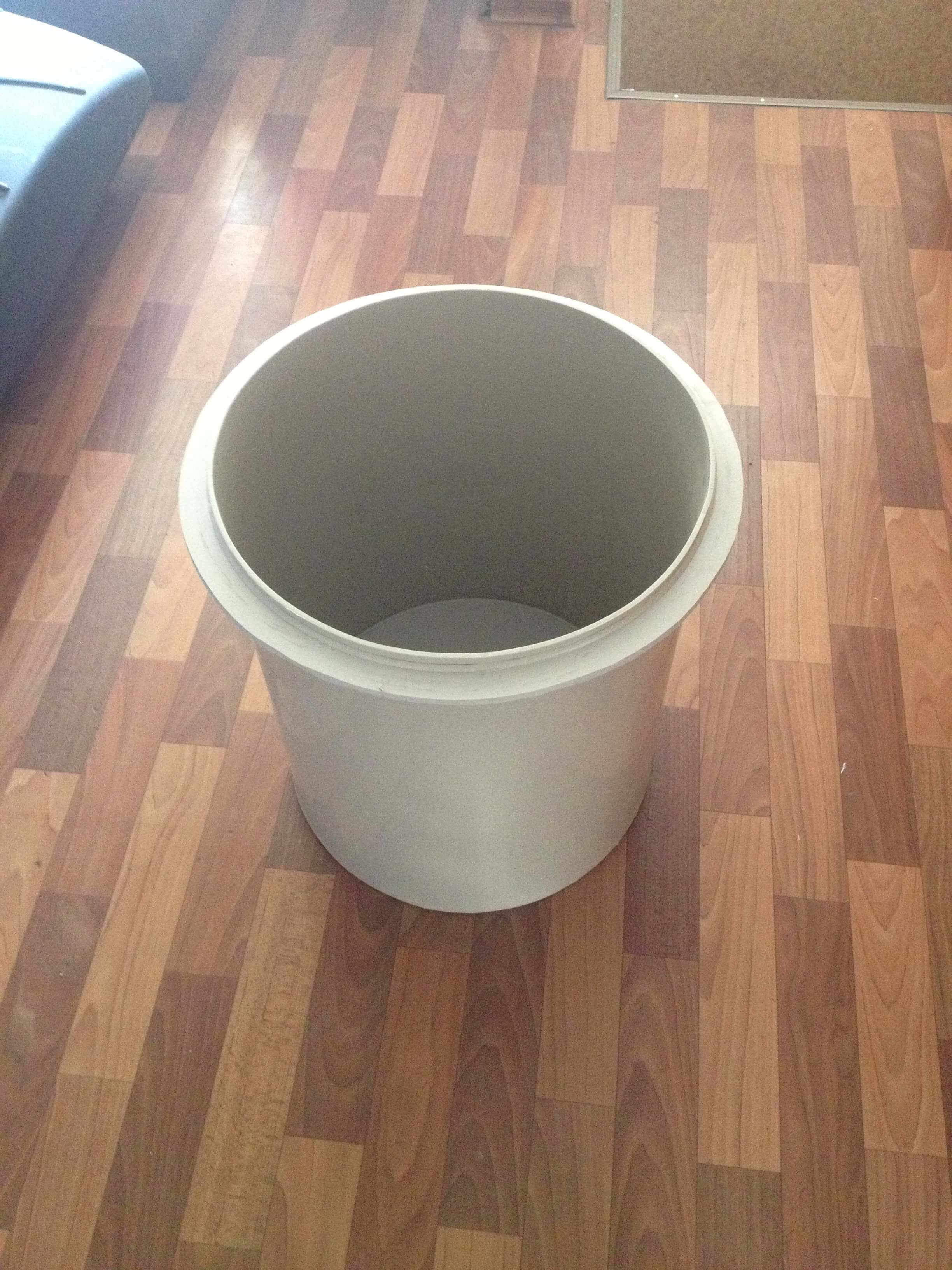 Фото №1. Воронка - ванна для смешивания смол. (Вид 1)