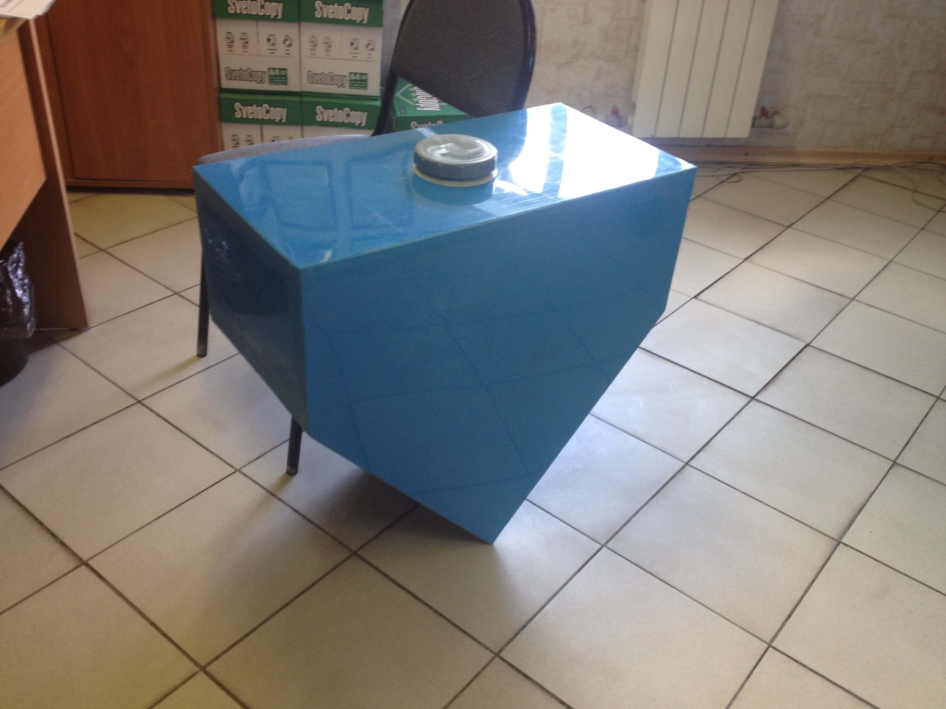 Фото №1. Емкость из ПП для хранения воды для катера. (Вид 1)
