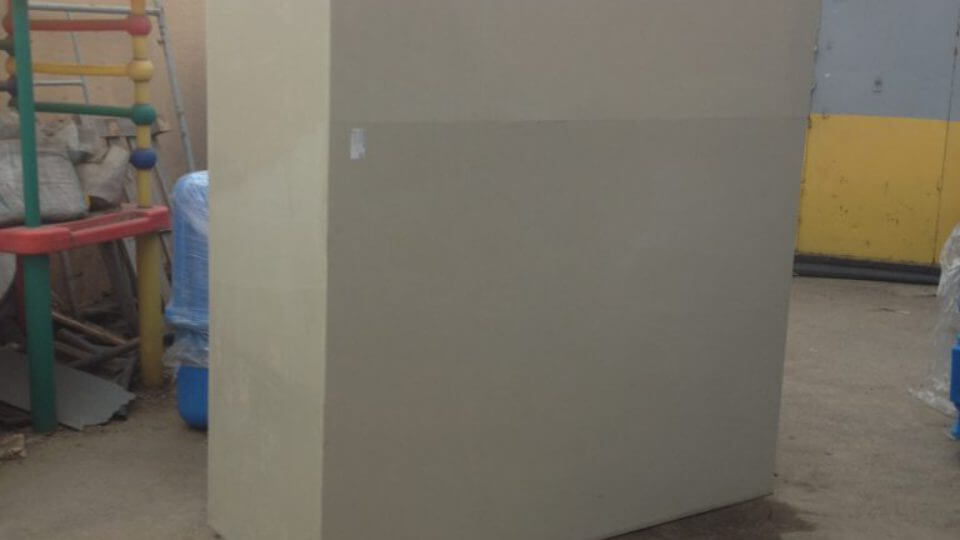Фото №1. Вставка из ПП в металлическую ванну 4000х1300х1500. (Вид 1)