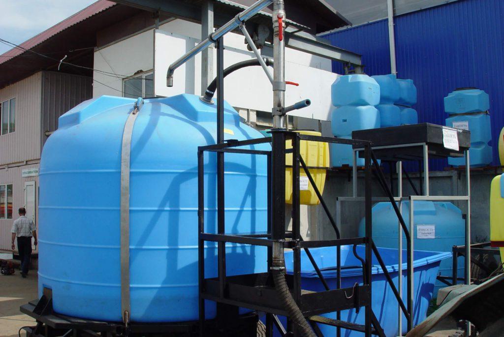Емкость вертикально цилиндрическая на 3000 л (3000 ВФК2) , для приготовления тузлука на рыбоперерабатывающем предприятии