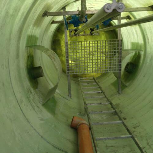 Комплектная стеклопластиковая канализационная насосная станция Germes-Plast KNS СП 1,5-4