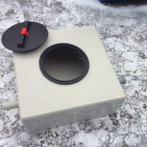 Жироуловитель для столовой на 0,5 л/с