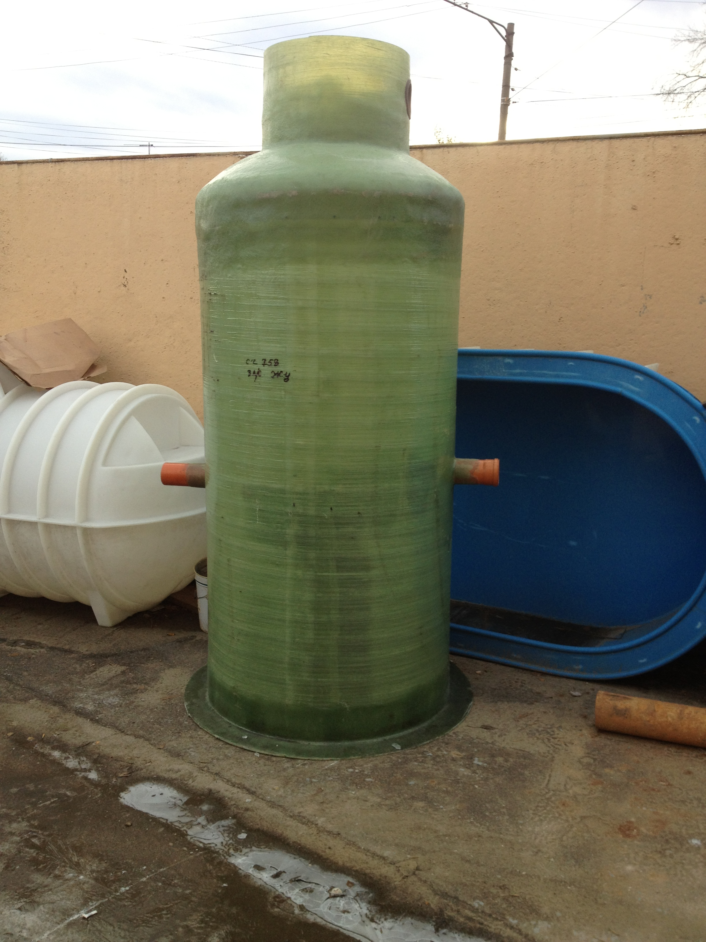Фото №1. Промышленный жироуловитель на 3 л/с. (Вид 1)