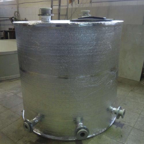 Емкость из ПП на 3 м3 для ГВС с утеплением